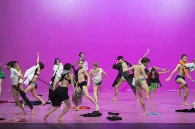 Le CCN – Ballet de Lorraine fête aujourd hui ses cinquante ans !  Rendez-vous phare de la Biennale de la danse Grand Est – Exp.Édition 2017 744db14f5c7