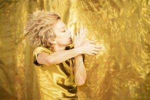 Louise Lecavalier « Je me bats contre l'immobilité »